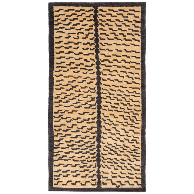 "Textile Tibetan Tiger Rug by Carini-2'11'x5'11"" For Sale - Image 7 of 7"