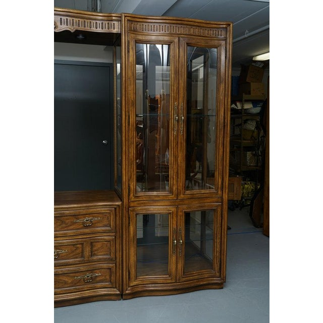 Illuminated Neoclassical Wall Unit Storage Cabinet by Drexel-Heritage For Sale In Atlanta - Image 6 of 13