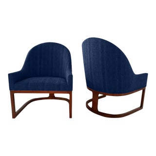 1970s Mid-Century Style Spoonback Chairs - a Pair For Sale