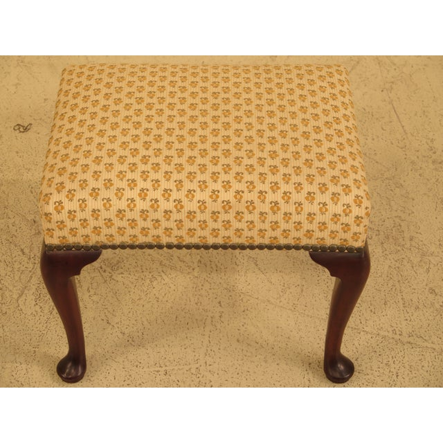 KITTINGER CW-147 Colonial Williamsburg Mahogany Footstool Or Ottoman Age: Approx: 40 Years Old Details: Colonial...