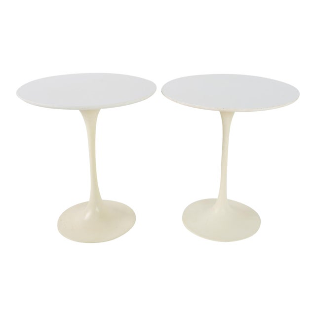 1960s Mid Century Modern Eero Saarinen for Knoll Round Tulip Side Tables - a Pair For Sale