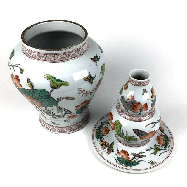 Antique Large Chinese Porcelain Vase For Sale In Portland, ME - Image 6 of 13