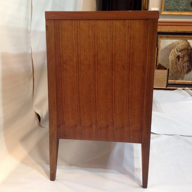 "Lane ""Tuxedo"" Mid-Century 1963 Walnut Dresser For Sale In Dallas - Image 6 of 8"