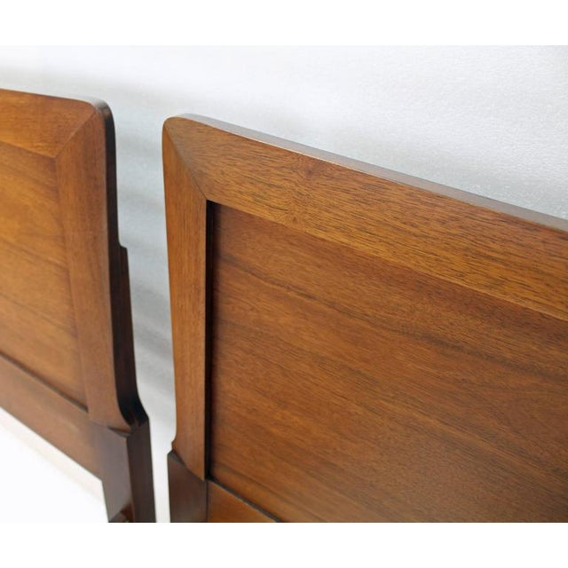 Brown Pair of Heritage Henredon Twin Beds For Sale - Image 8 of 8