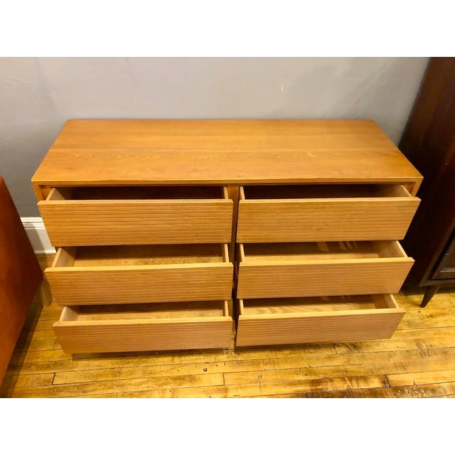 Mid-Century Modern Mid Century Maple 6 Drawer Lowboy Dresser 1950s For Sale - Image 3 of 11