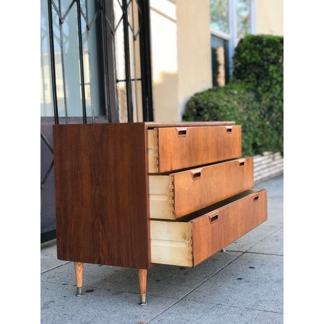 Mid Century Modern Chest of Drawers For Sale - Image 11 of 13