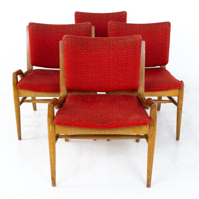John Keal for Brown Saltman Mid Century Mahogany Dining Chairs - Set of 4 Each chair measures: 22.5 wide x 20.25 deep x...