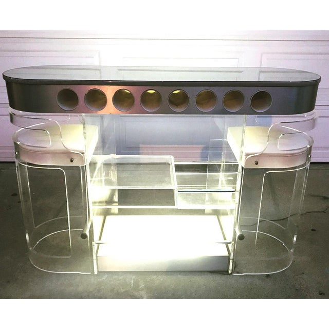 Extremely rare and gorgeous Dry Bar with stools from Hill, the iconic Lucite manufacturer. This Bar is perfectly...