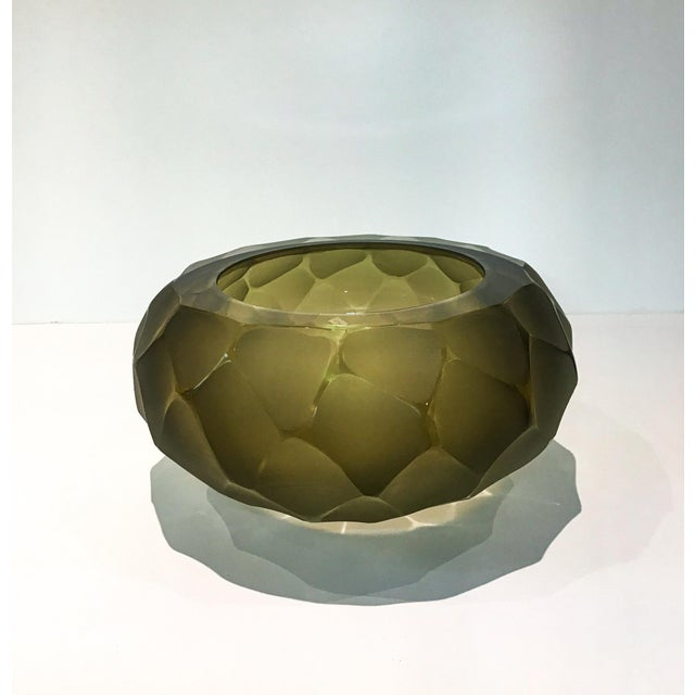 Art Deco Alberto Dona Chiseled Murano Bowl in Olive For Sale - Image 3 of 9