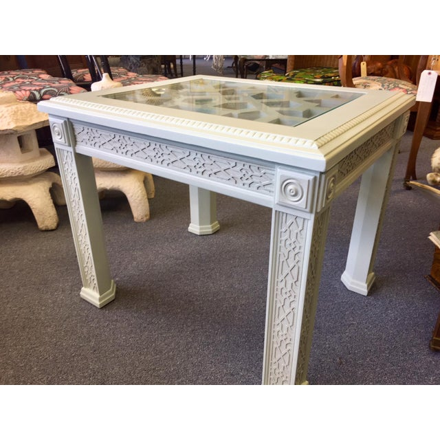 1950s Vintage Chinese Chippendale Style Fretwork Design End Table For Sale In West Palm - Image 6 of 11