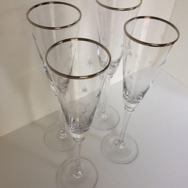 Set Of 4 Silver Rim Etched Starburst Champagne Flutes For Sale - Image 9 of 11
