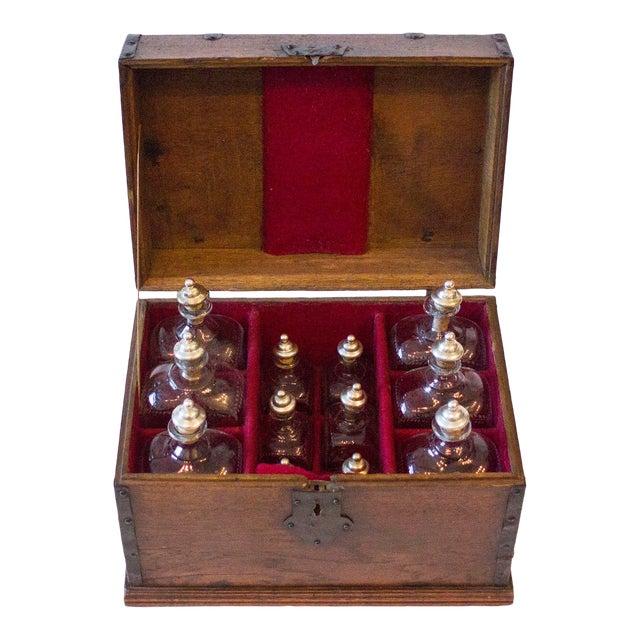 18th Century English Maritime Liquor Chest For Sale