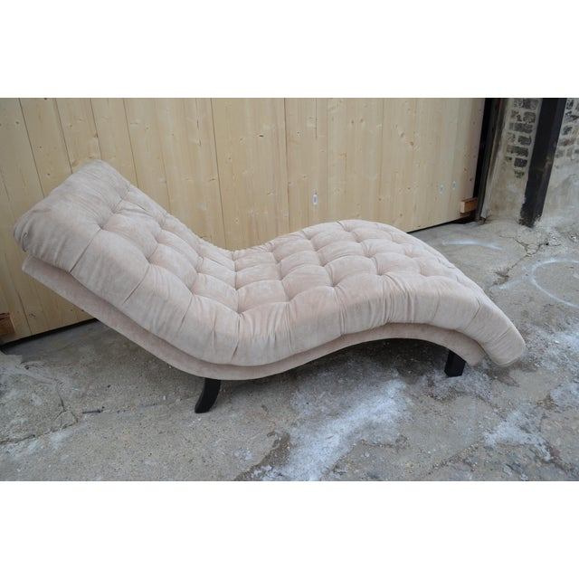 Contemporary Ivory Tufted Chaise Lounge Chair For Sale - Image 4 of 10