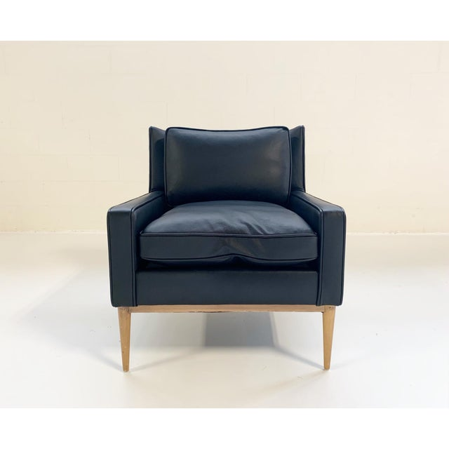 Paul McCobb's modern take on traditional pieces makes him a favorite among American mid-century designers. Completely...