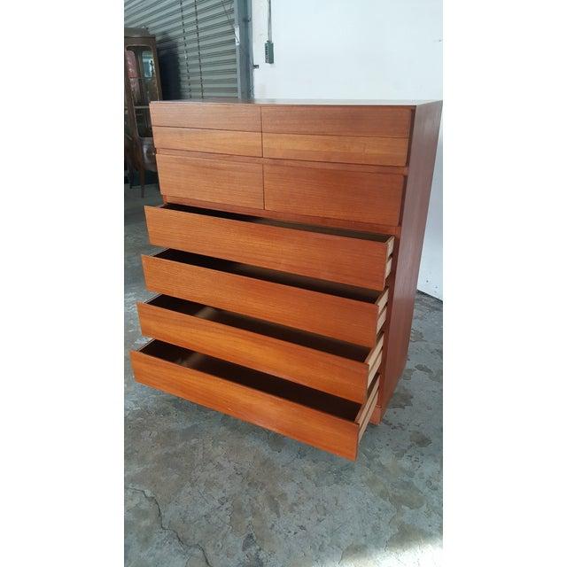 1950s Vintage Arne Wahl Iversen for Vinde Mobelfabrik Teak Dresser For Sale - Image 10 of 12