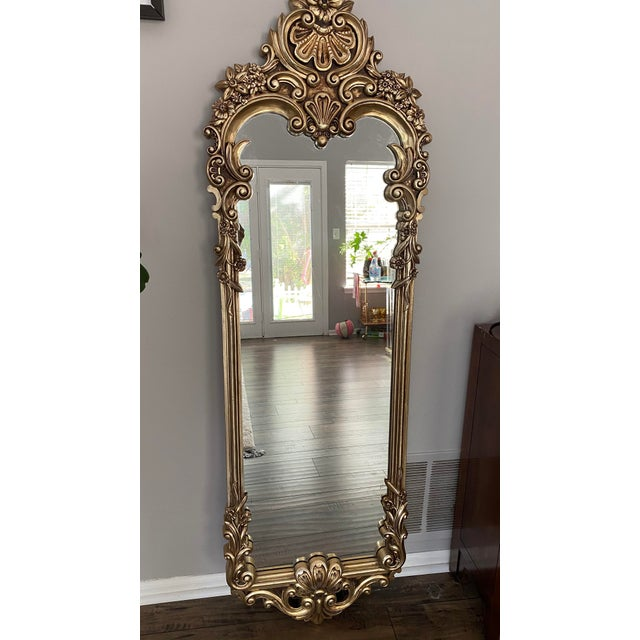 Beautiful Hollywood Regency Gilded Baroque Mirror, Perfect accent piece to bring some class to a room! Excellent condition!