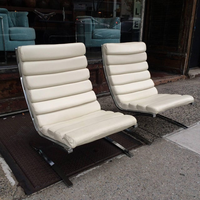 DIA - Design Institute America 1970s Vintage Design Institute of America Chrome Cantilever Lounge Chairs- A Pair For Sale - Image 4 of 10