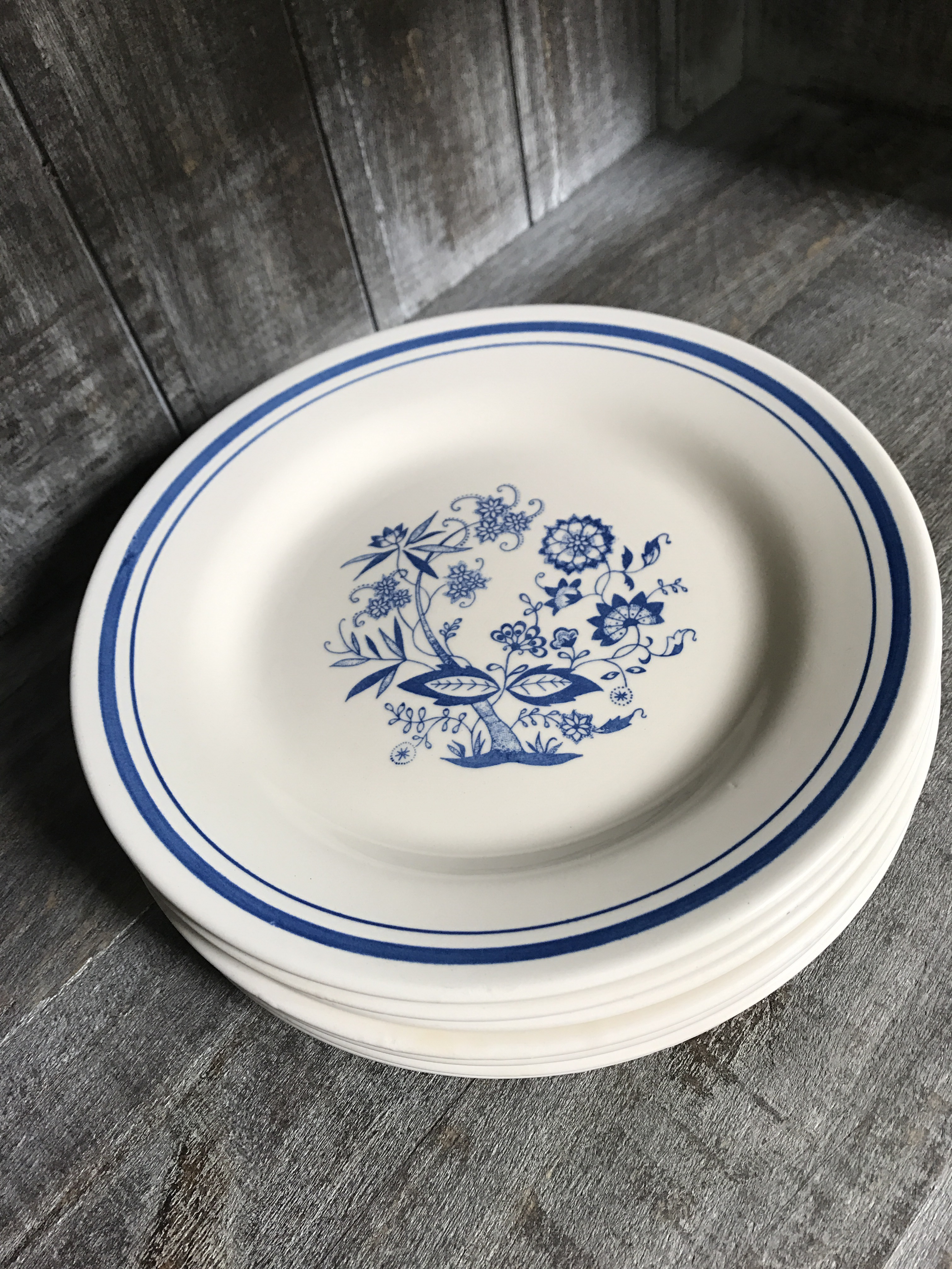 Vintage Blue u0026 White Oxford Luncheon Plate - Set of 7 - Image 3 ...  sc 1 st  Chairish & Vintage Blue u0026 White Oxford Luncheon Plate - Set of 7 | Chairish