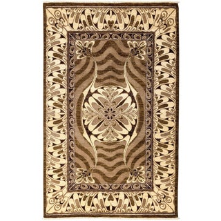 """Shalimar, Hand Knotted Area Rug - 5' 1"""" x 8' 1"""" For Sale"""