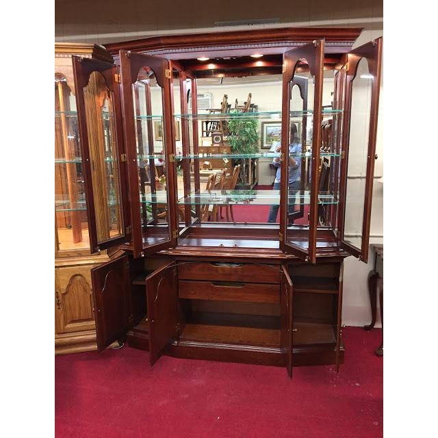 Modern Vintage Colonial Furniture Mirrored Back Lighted China Cabinet For Sale - Image 3 of 8