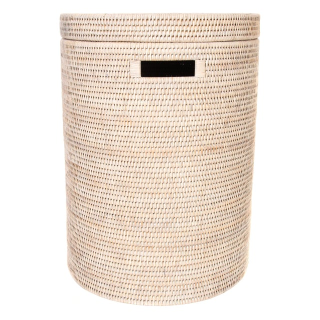 Artifacts Rattan Round Hamper with Cotton Liner For Sale In Houston - Image 6 of 7