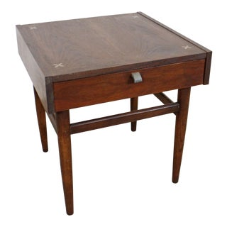 Mid-Century Modern Merton Gershun American of Martinsville Walnut End Table For Sale