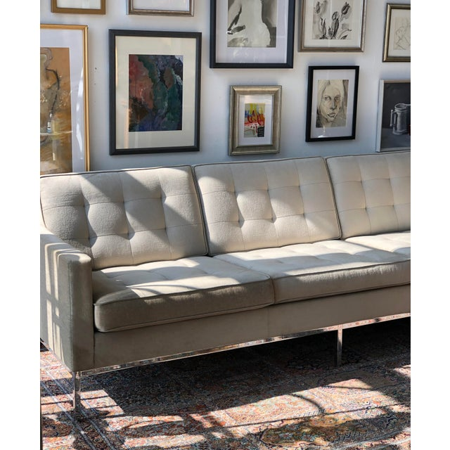Mid-Century Modern Mid Century Modern Florence Knoll Boucle Sofa For Sale - Image 3 of 6