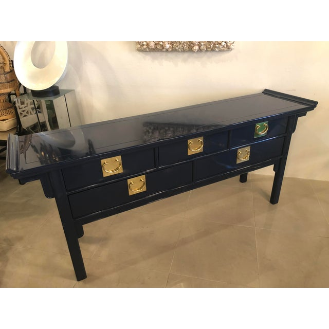 Vintage Century Furntiure Pagoda Navy Blue Lacquered Brass Hardware Console Table For Sale - Image 5 of 11
