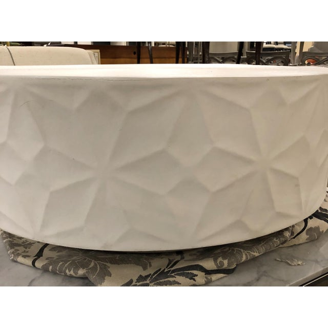 A Secret Warehouse Contemporary White Round Cocktail Table For Sale - Image 4 of 5