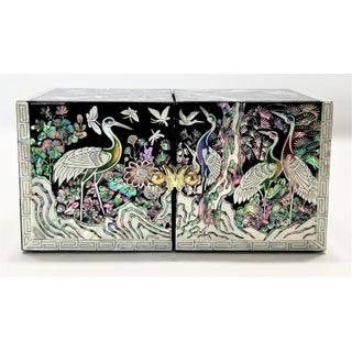 Abalone and Mother of Pearl Asian Jewelry Box With Cranes Butterflies and Flowers - Mid Century Modern Chinese Chinoserie Oriental Preview