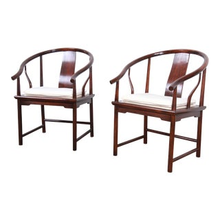 Michael Taylor for Baker Hollywood Regency Chinoiserie Walnut Horseshoe Lounge Chairs, Pair For Sale
