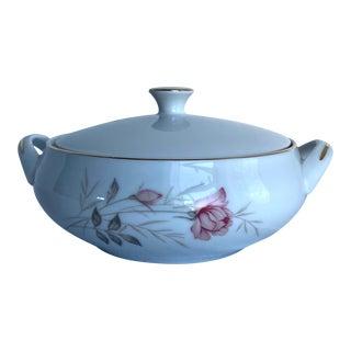 Vintage 1655 Camelot American Rose Covered Vegetable Bowl For Sale