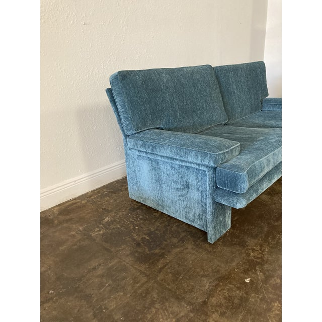 Beautiful, great condition 1980's Italian style sofa in the style of Walter Knoll for Barton International. New Blue...