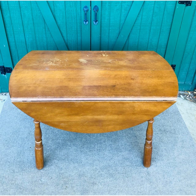 Vintage drop leaf table/kitchen table. Country farm house decor with splay legs and heavy duty drop leaf. Sibley Lindsay &...