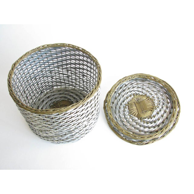 Mid 20th Century Vintage Woven Two-Tone Metal Wire Lidded Basket For Sale - Image 5 of 11