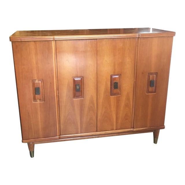 Mid-Century Modern John Widdicomb Accordion Door Walnut Chest of Drawers For Sale