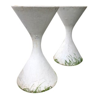 Vintage Willy Guhl Spindle Hourglass Diabolo' Planter-A Pair For Sale