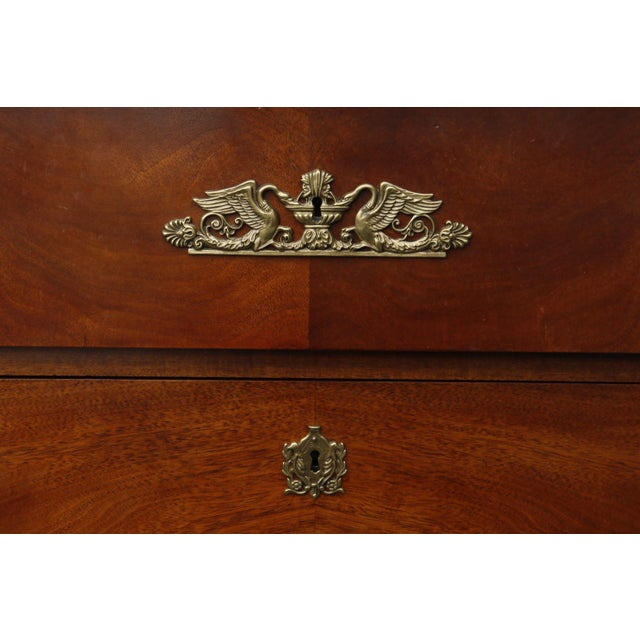 Late 20th Century Henredon Historic Natchez Collection Chest of Drawers For Sale - Image 5 of 11