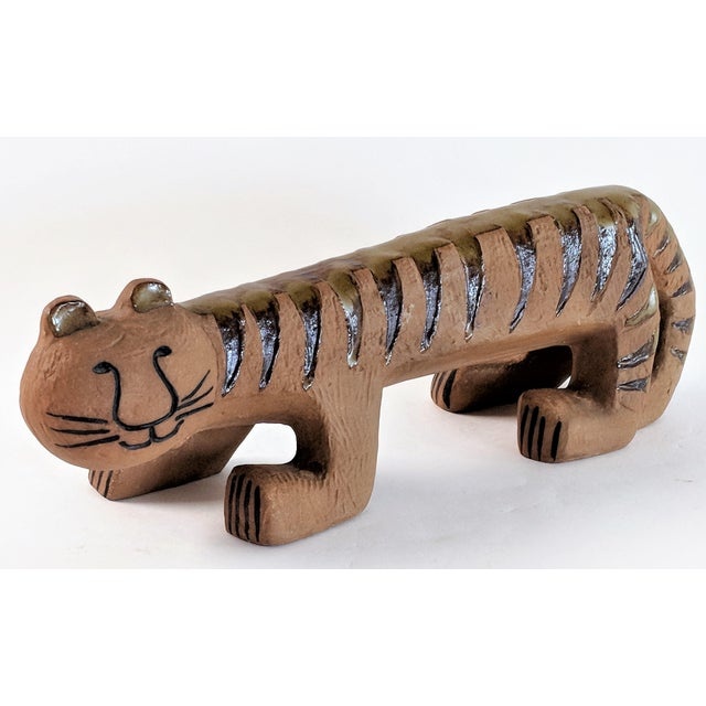 This ceramic tiger was made by Lisa Larson for the Lilla Zoo collection 1970's and remains in excellent condition.