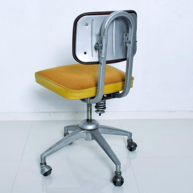 Vintage Rolling Industrial Cosco Tanker Office Desk Chair For Sale - Image 4 of 10