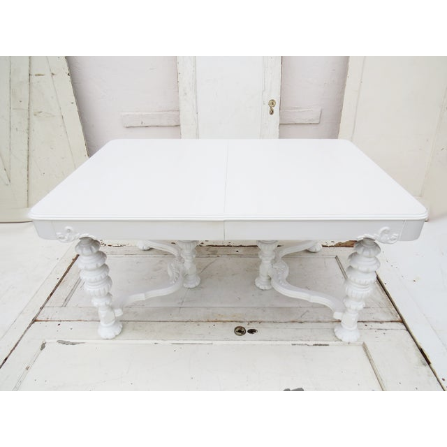 Manor Antique White Dining Table - Image 3 of 5