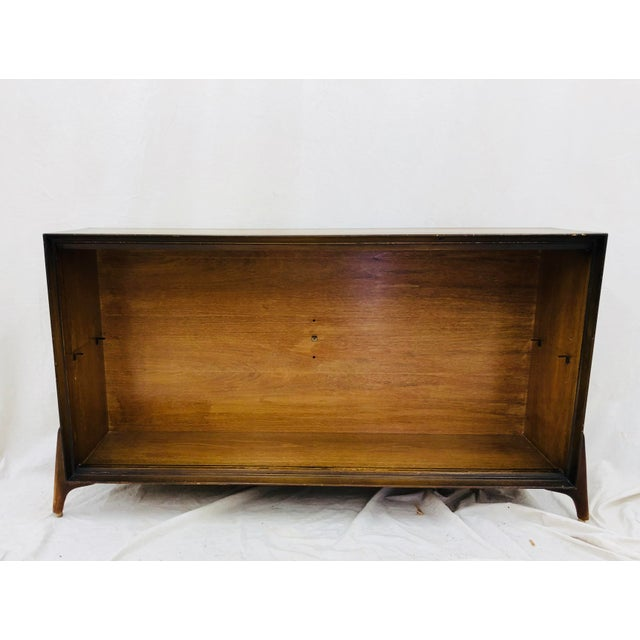 Stunning Vintage Mid Century Modern Adrian Pearsall Style Sculptural Book Shelf. Removable and adjustable glass shelf with...
