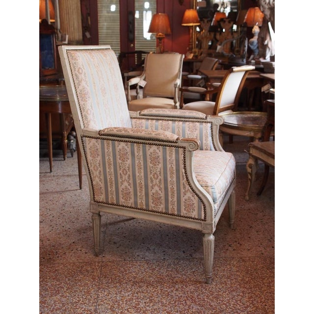 French Louis XVI French Painted Bergere For Sale - Image 3 of 8