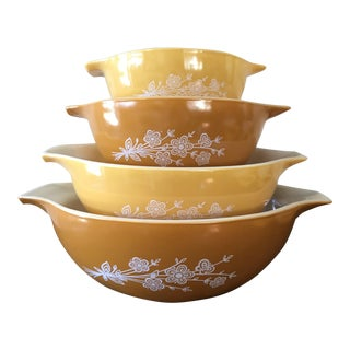 Vintage Pyrex Butterfly Gold Mixing Bowls - Set of 4