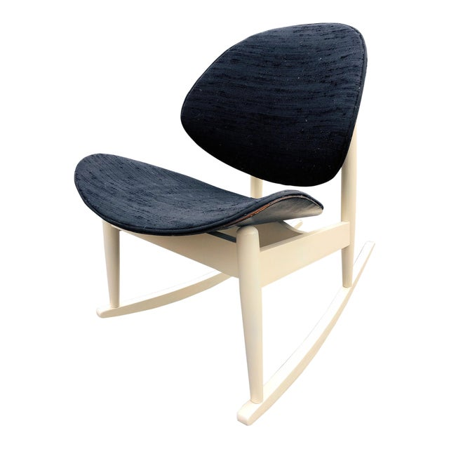 """1960s Vintage Kodawood """"Oyster"""" Rocking Chair For Sale"""