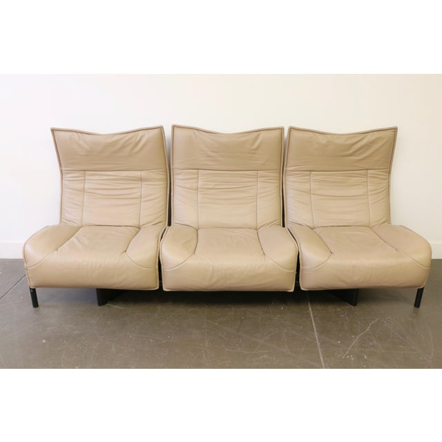 1980s Leather Veranda 3 Sofa by Vico Magistretti for Cassina For Sale - Image 5 of 13
