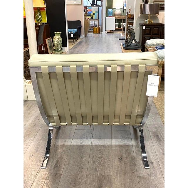 Vintage Leather Barcelona Lounge Chair Beige Chrome Made in Italy Beautiful For Sale In New York - Image 6 of 10