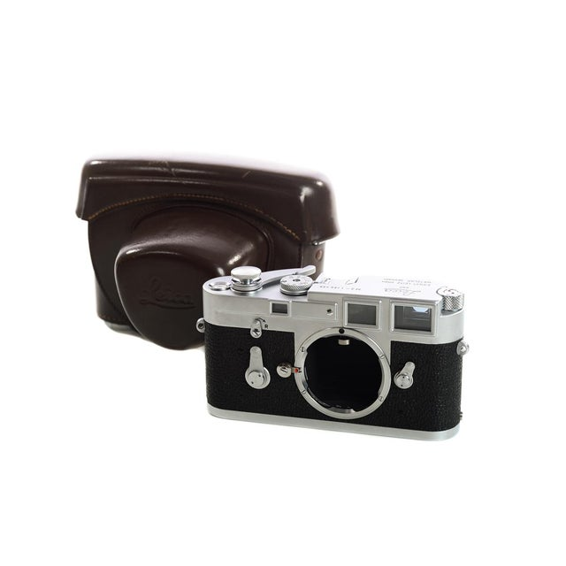 Leica M3 #1156xxx -very Late Single Stroke-Vintage 1966 Rangefinder camera For Sale - Image 11 of 11