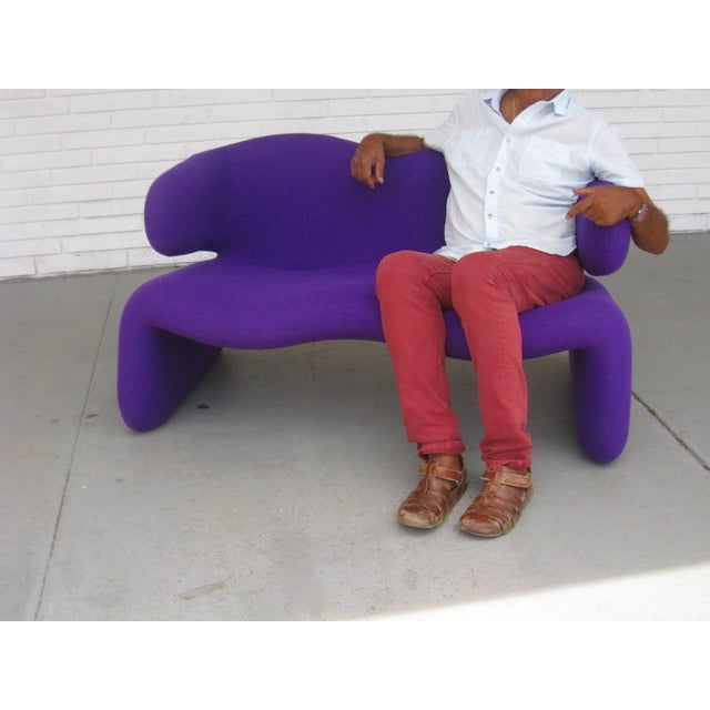 "1966 Olivier Mourgue ""Djinn"" Purple Wool Upholstered Sofa For Sale In Miami - Image 6 of 13"