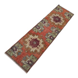 1970s Vintage Turkish Wool Table Runner Rug - 1′5″ × 5′3″ For Sale